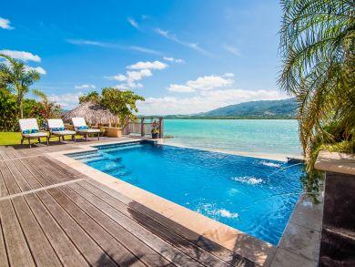 Jamaica Montego Bay Luxury Villa Overlooks Private Beach