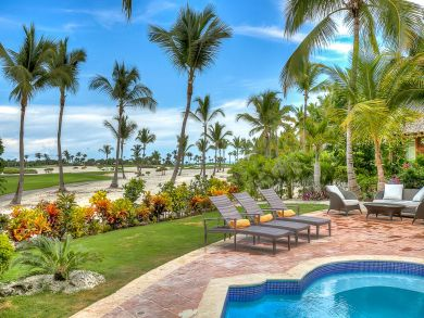 Dominican Vacation, Golf Course Views. Beach to Golf Rental