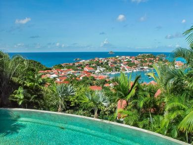ST. BARTS 8 BEDROOM VILLA WITH INFINITY POOL