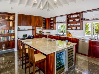 St. Barts Home 898041