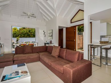 St. Barts Home 898046