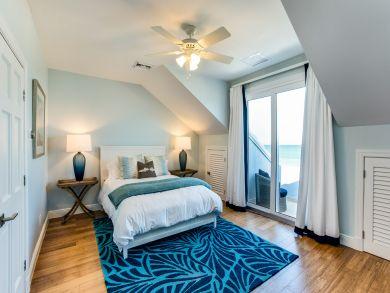 Beachfront Bahamas Townhome