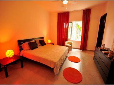 Luxury Three Bedroom Vacation Villa Sleeps 7 Guests
