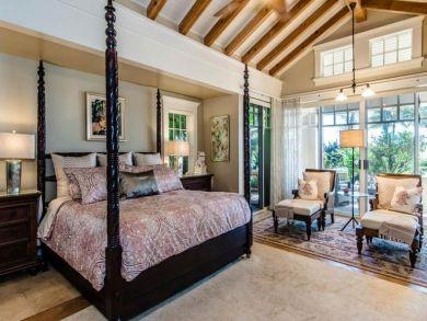 Luxury Four Bedroom Beach Villa Private Pool Sleeps 8