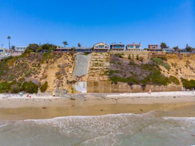 We Love this Posh Encinitas Luxury Town Home at The Beach