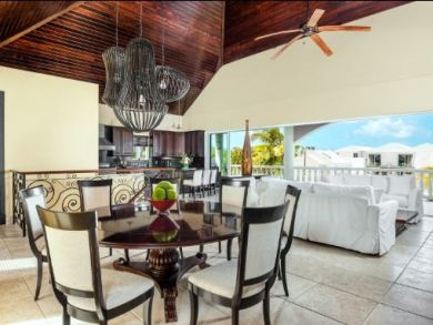 Turks & Caicos Villa 200ft to Beach View  Pool & Staff
