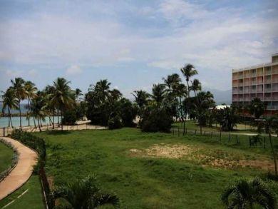Gosier Beachfront Apartment in Gorgeous Guadeloupe