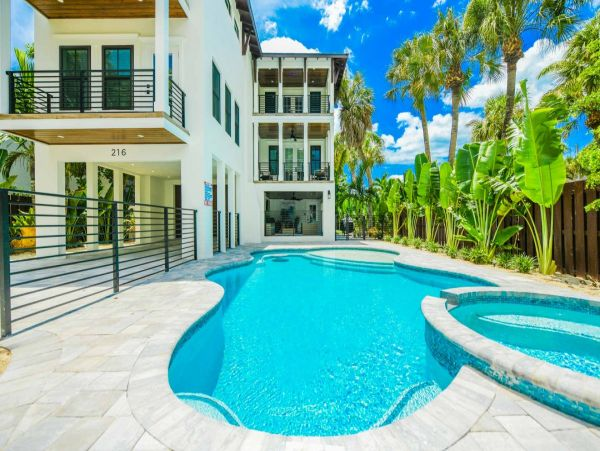 Private Pool Lido Key Luxury Vacation Rental Home