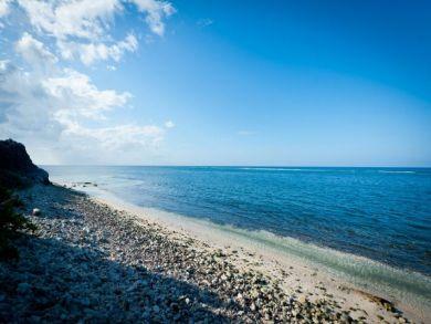 Grand Cayman Vacation Rental Home Three Bedrooms + Den