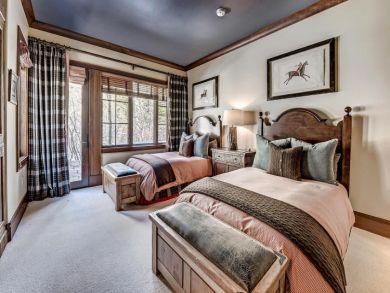 Beaver Creek Ski in Ski Out Five Bedroom Home