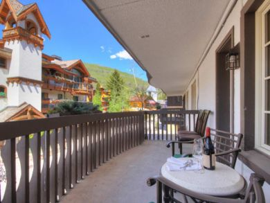 Vail Two Bedroom Walk to Lift Condo