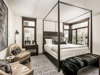 Four Bedroom Ski Home in Aspen