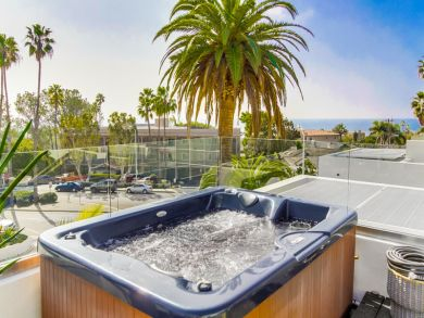 San Diego Vacation Home Sleeps Seven Guests
