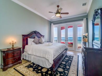 Luxury Treasure Island Vacation Home Sleeps Eight Guests