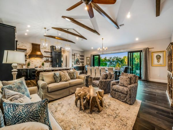 Upscale EXCLUSIVE VIP  Lido Key Luxury Vacation Home