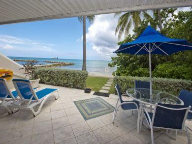 Oceanfront  3 Bedroom Vacation Condo Rental in Cayman Island
