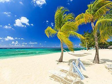 Grand Cayman Oceanfront Three Bedroom Vacation Condo