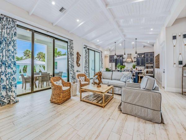 Lido Key Luxury Vacation Rental Home Eight Bedrooms