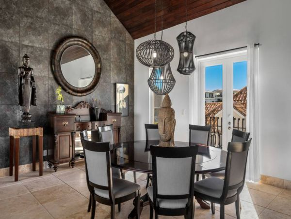 Luxury Providenciales Vacation Home Plus Guest House