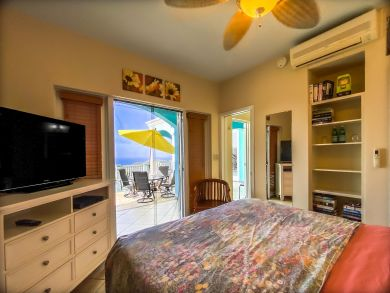 St. Thomas Vacation Villa plus Guest House Sleeps 6 Guests