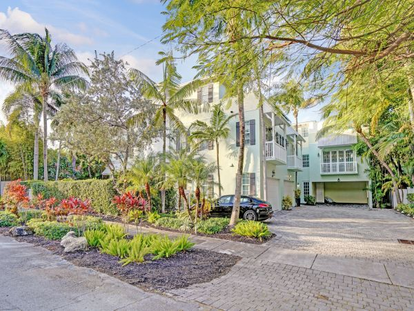 Fort Lauderdale Luxury Four Bedroom Vacation Home