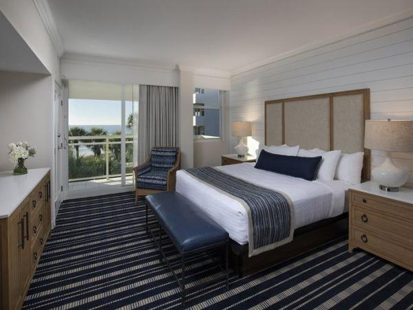 Longboat Key Deluxe Two bedroom Suite Corner Unit