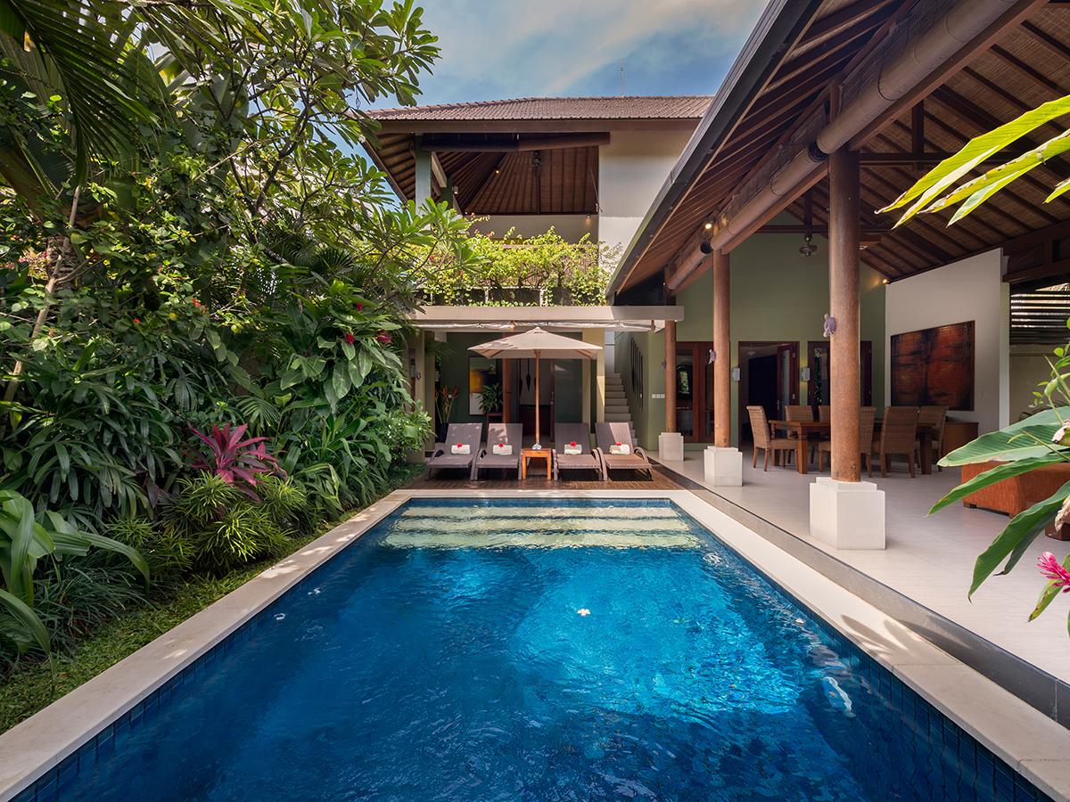 Lakshmi villas ubud luxury villas vacation rentals for Knebel design pool ug