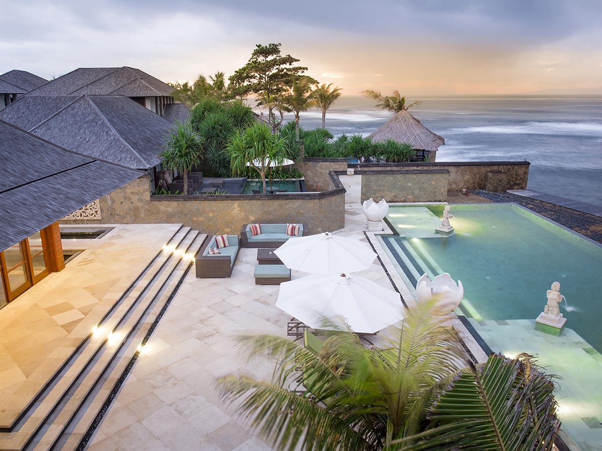 Bayu Gita Beach Front Luxury Villas Amp Vacation Rentals