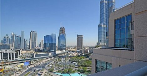 Balcony View Burj Khalifa Luxury Rental