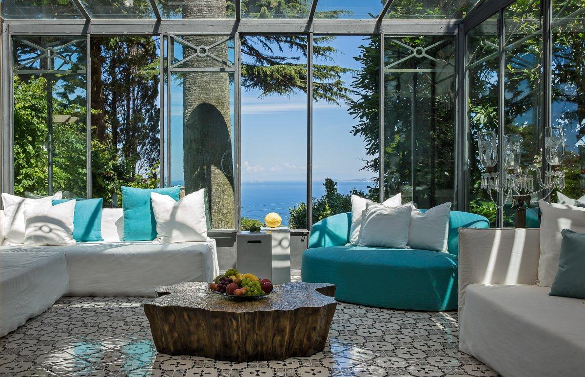 Villa aurora luxury villas vacation rentals fantasia for Capri villa