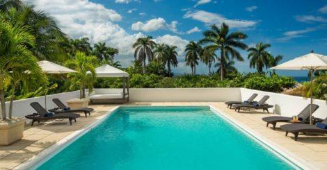 RoundHill Deluxe Villas