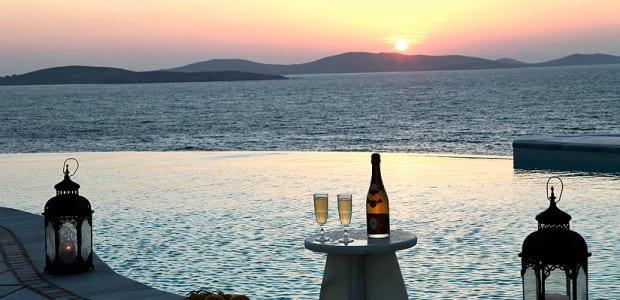 Villa Sunset Review
