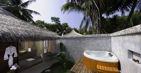 Kuramathi Beach Villa with Jacuzzi