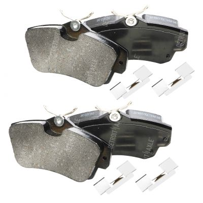 Front Brake Pad Set - 2.4L - Ceramic