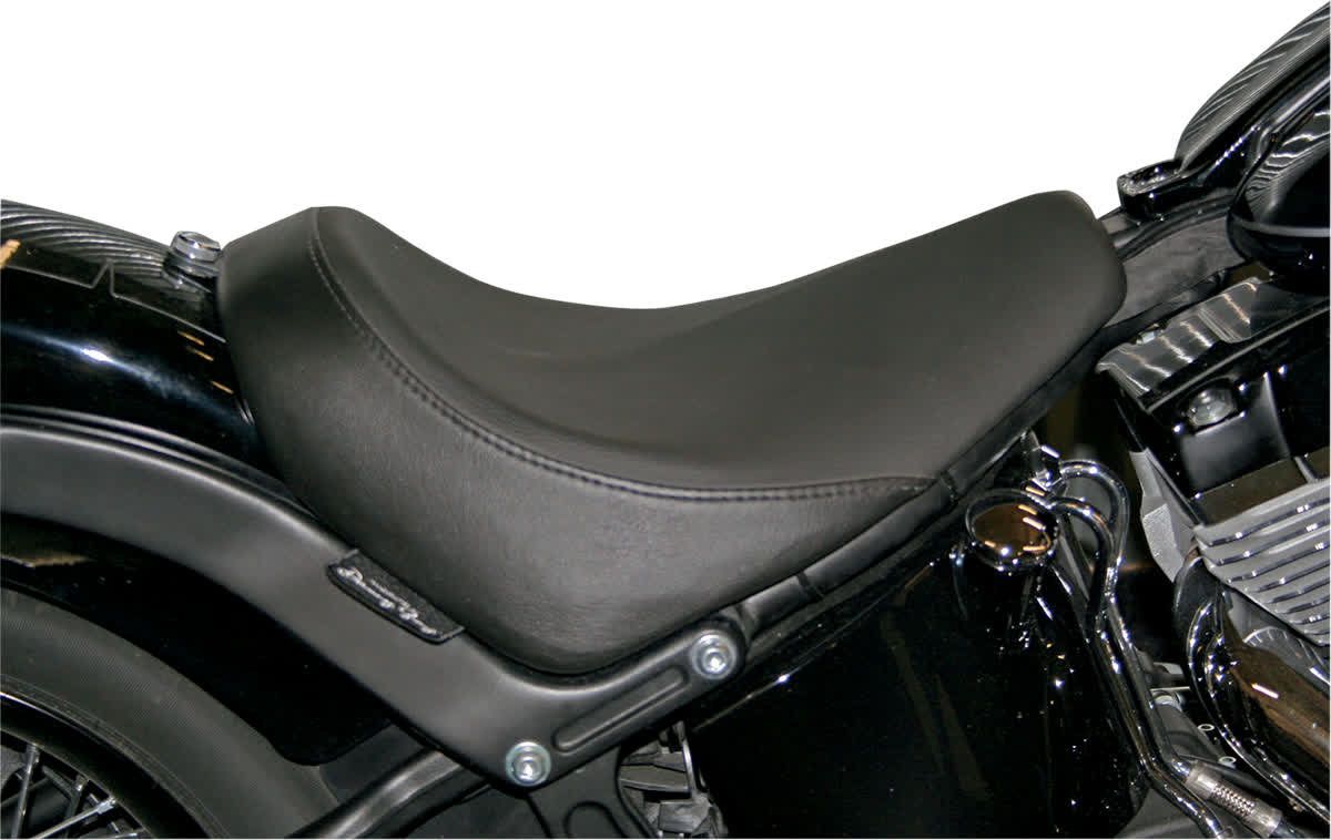Danny Gray 21-303 Buttcrack Solo Seat Plain Smooth