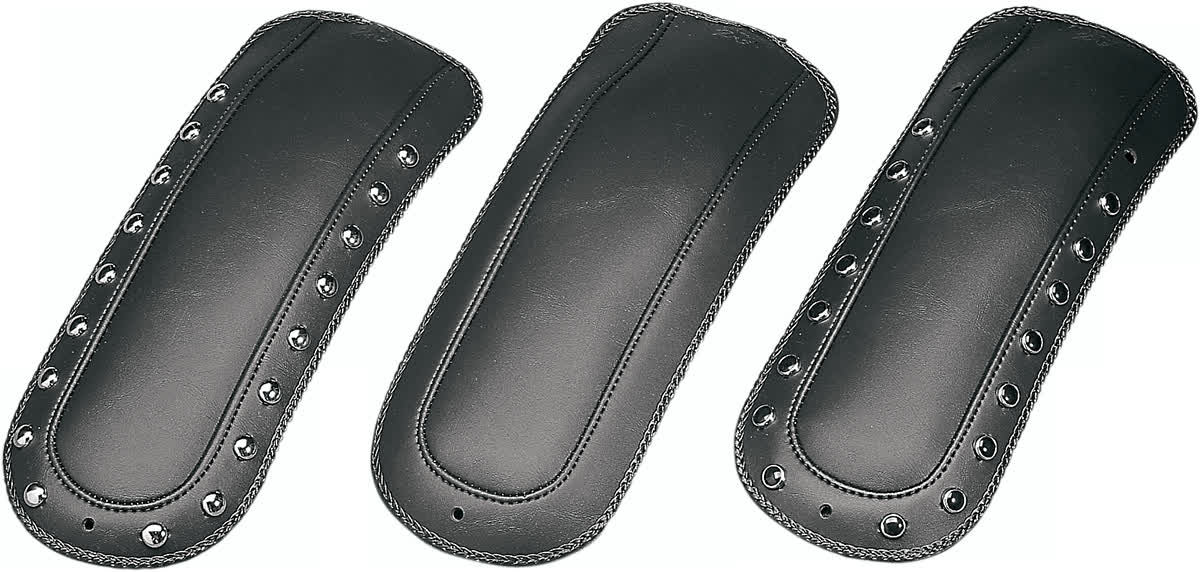 Mustang 78036 Fender Bib for Solo Seats Studded Black