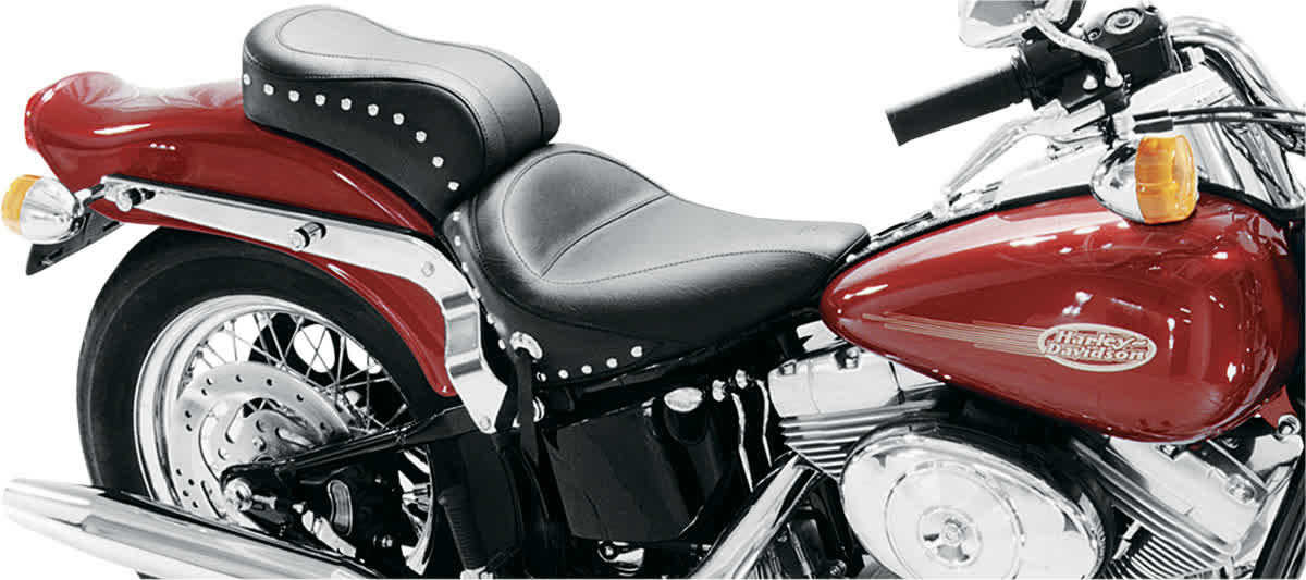 Mustang 75076 Studded Standard Style Seat