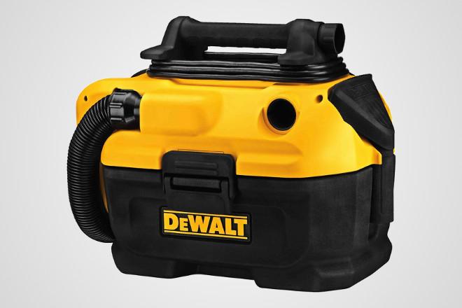 Dewalt powered and cordless vacuum cleaner