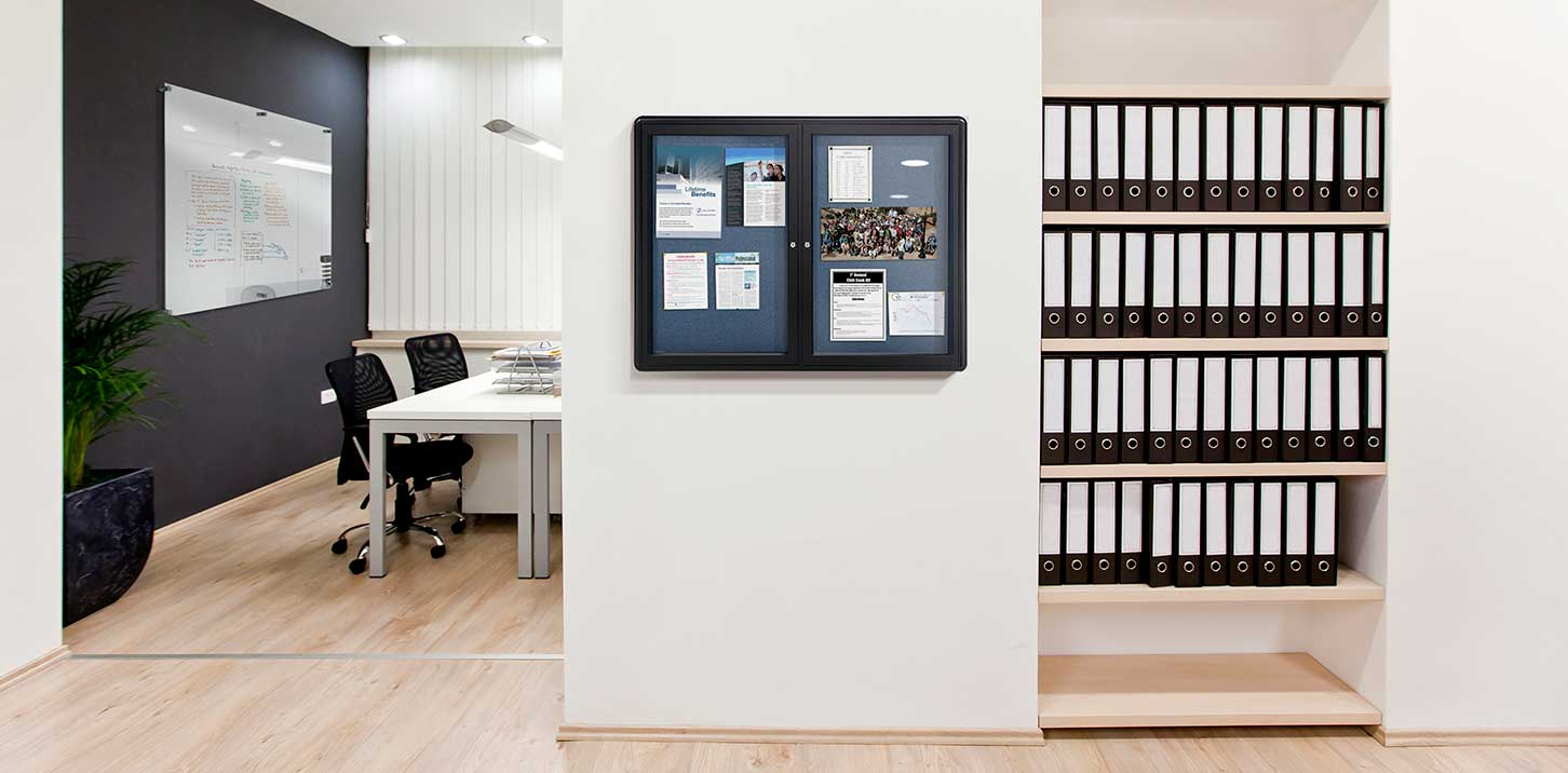 Ovation Enclosed Bulletin Boards Corkboards Ghent