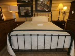 Shelby Bed