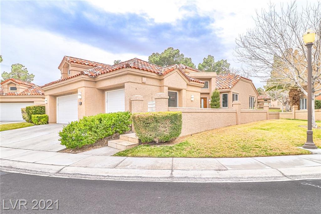 9 Properties Under $1 Million on the Market