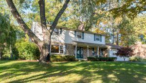 3641 Larchmont Drive, Ann Arbor, MI, 48105