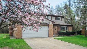 2800 Lakehurst Lane, Ann Arbor, MI, 48105