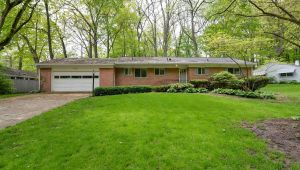 1017 Red Oak Road, Ann Arbor, MI, 48103