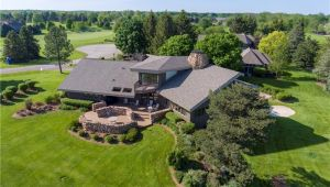 2871 Fairway Dr, Saline, MI, 48176