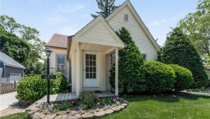365 Joy St, Plymouth, MI, 48170
