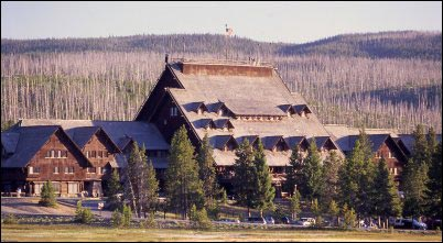 Old Faithful Inn, Illustrated History of Log Cabins, homesteading, homestead