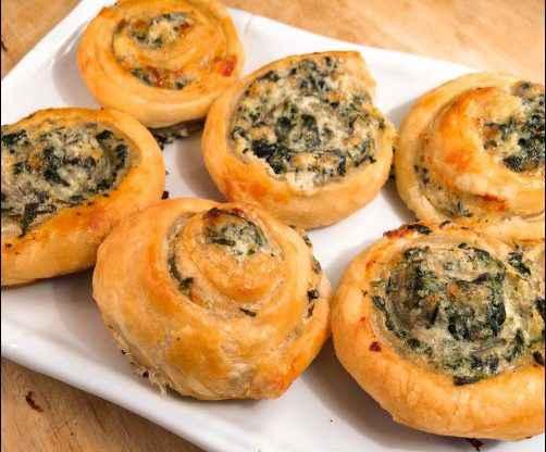 Creamy Spinach & Cheese Pinwheels