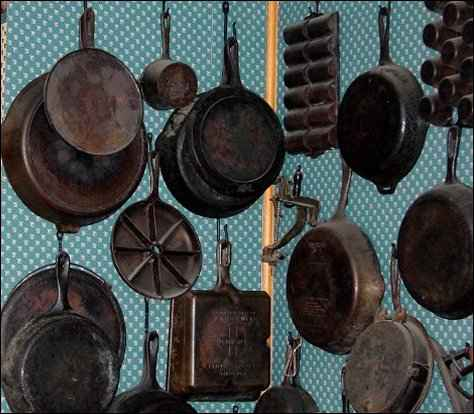 homesteading Benefits of Cast Iron Cookware
