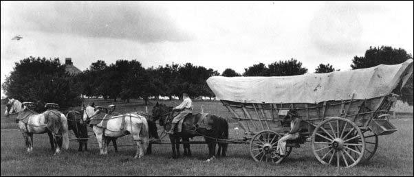 Oregon-trail-conestoga-wagon